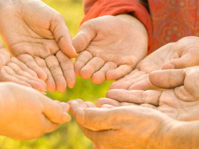 Руки моих родных