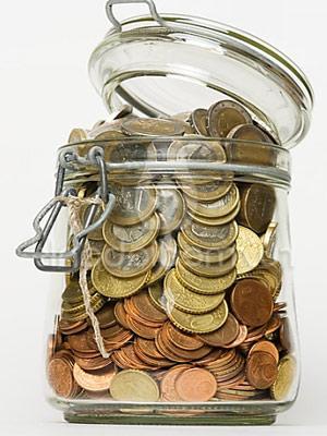 Банка с деньгами