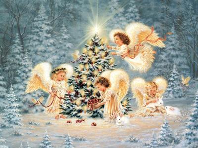 Ангелы у новогодней елки