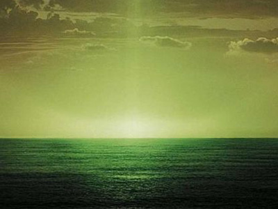 Зеленый луч