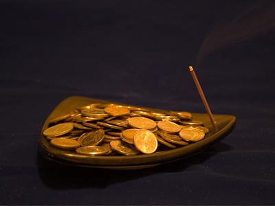 Заклинания для привлечения денежного потока